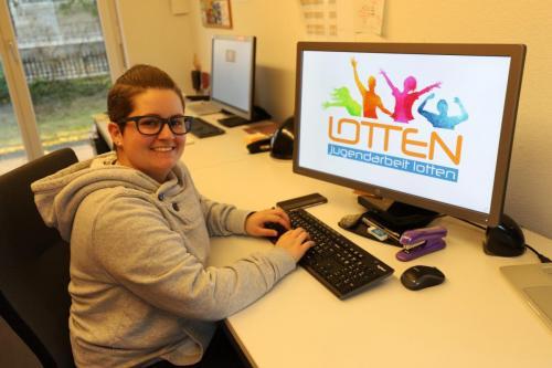 Jugendarbeiterin Tamara at Work